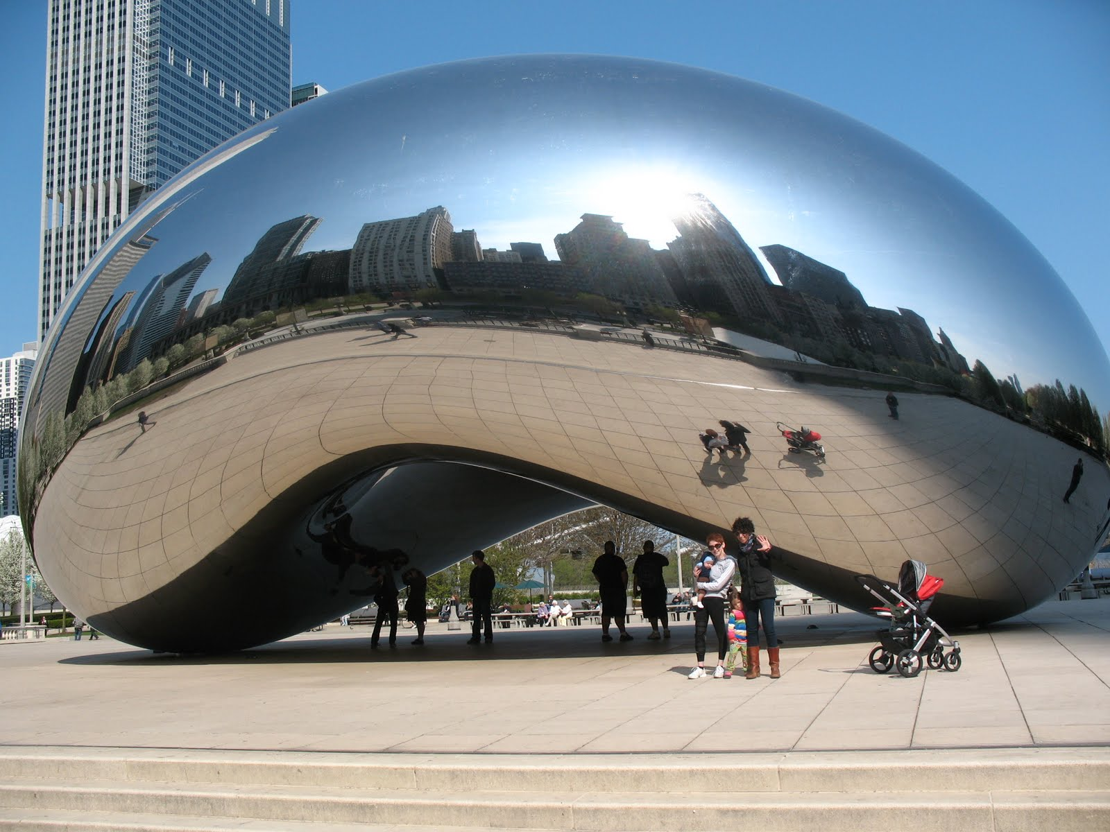 Cloud Gate_ Anish Kapoor (2)