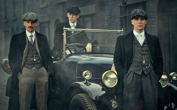 http://i.telegraph.co.uk/multimedia/archive/03059/peakyblinders_3059568b.jpg